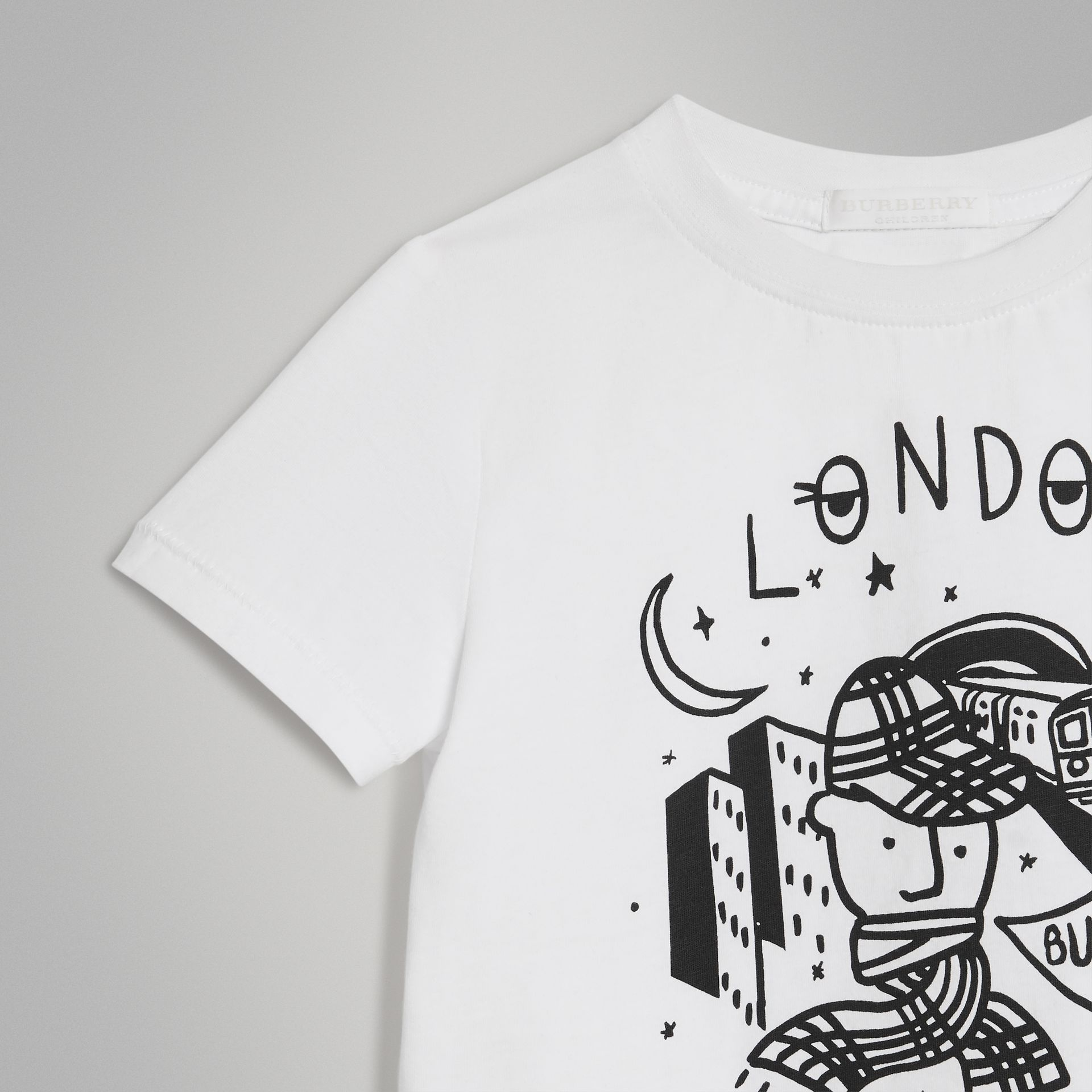 Night Print Cotton T-shirt in White - Boy | Burberry - gallery image 4