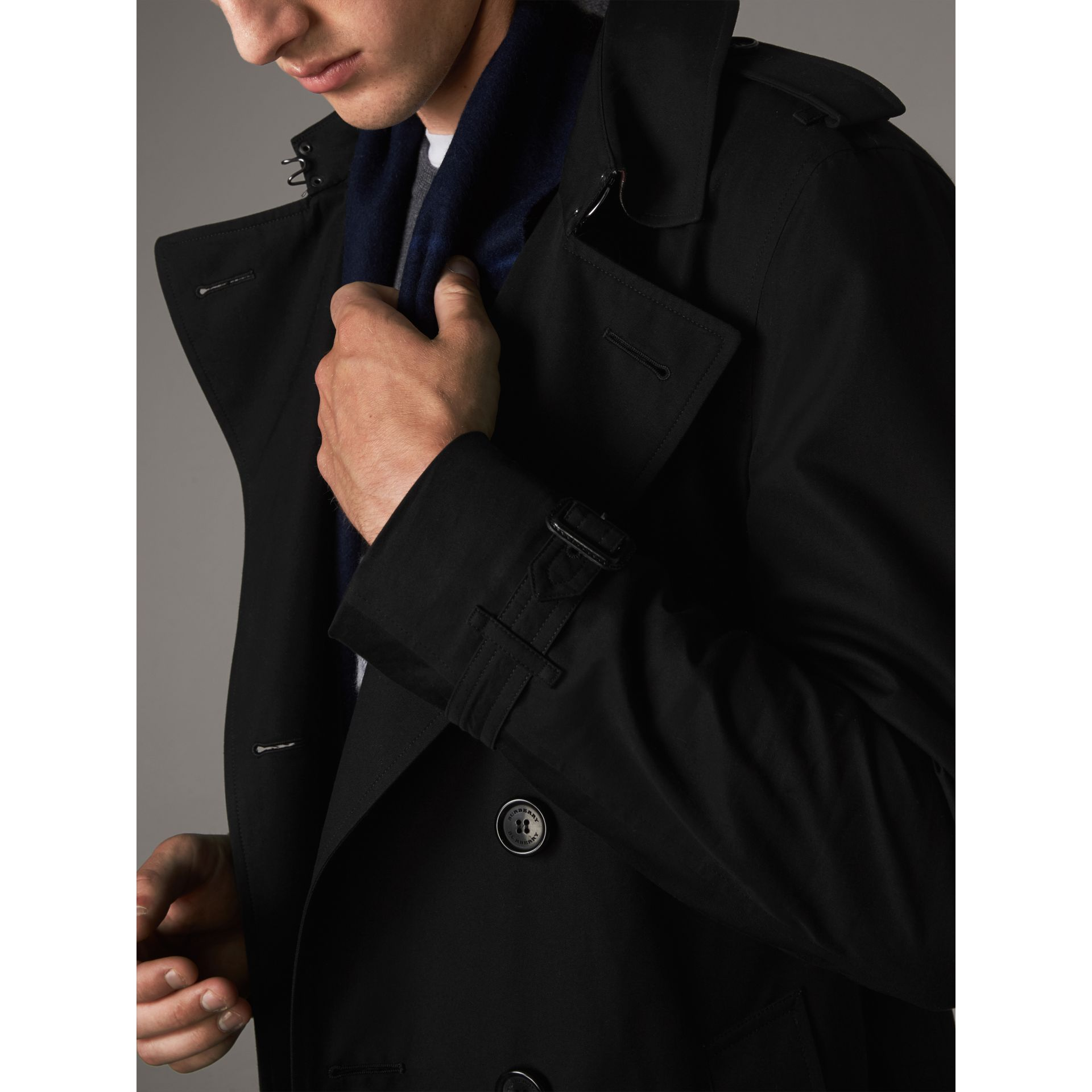The Chelsea – Long Trench Coat in Black - Men | Burberry - gallery image 4