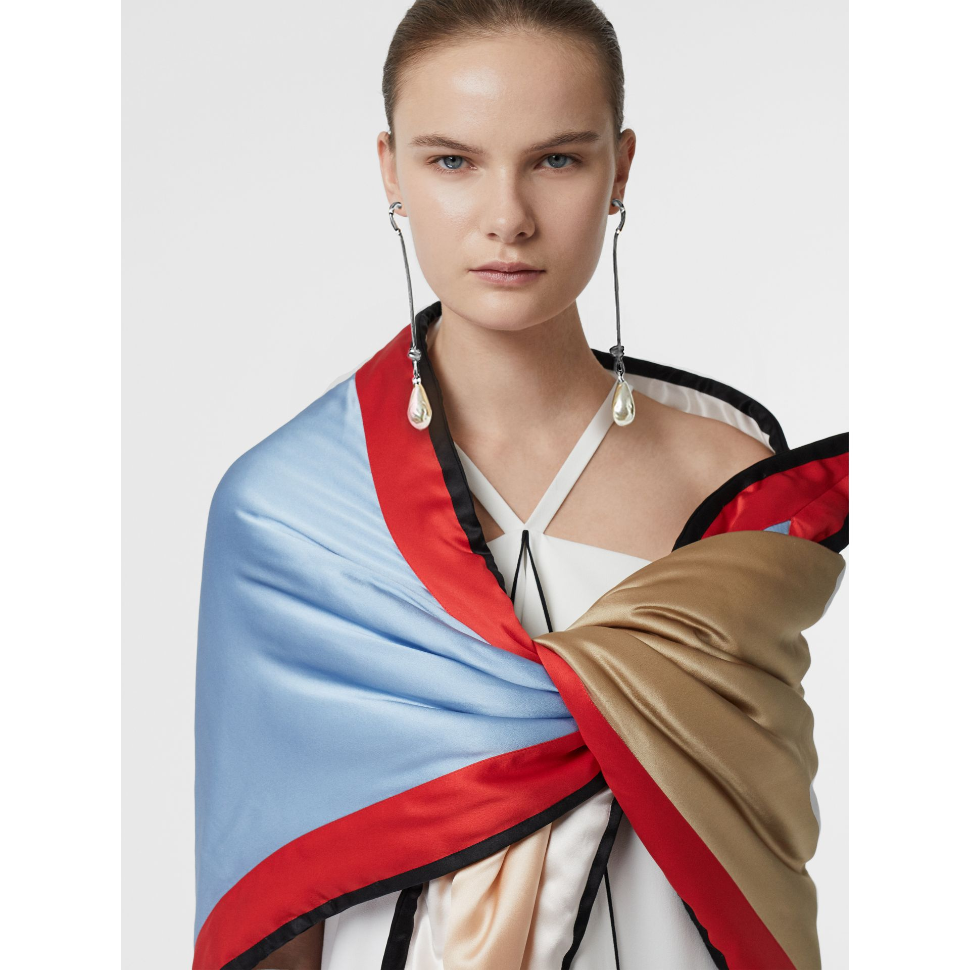 Colour Block Silk Puffer Bandana in Multicolour - Women | Burberry Hong Kong S.A.R - gallery image 5