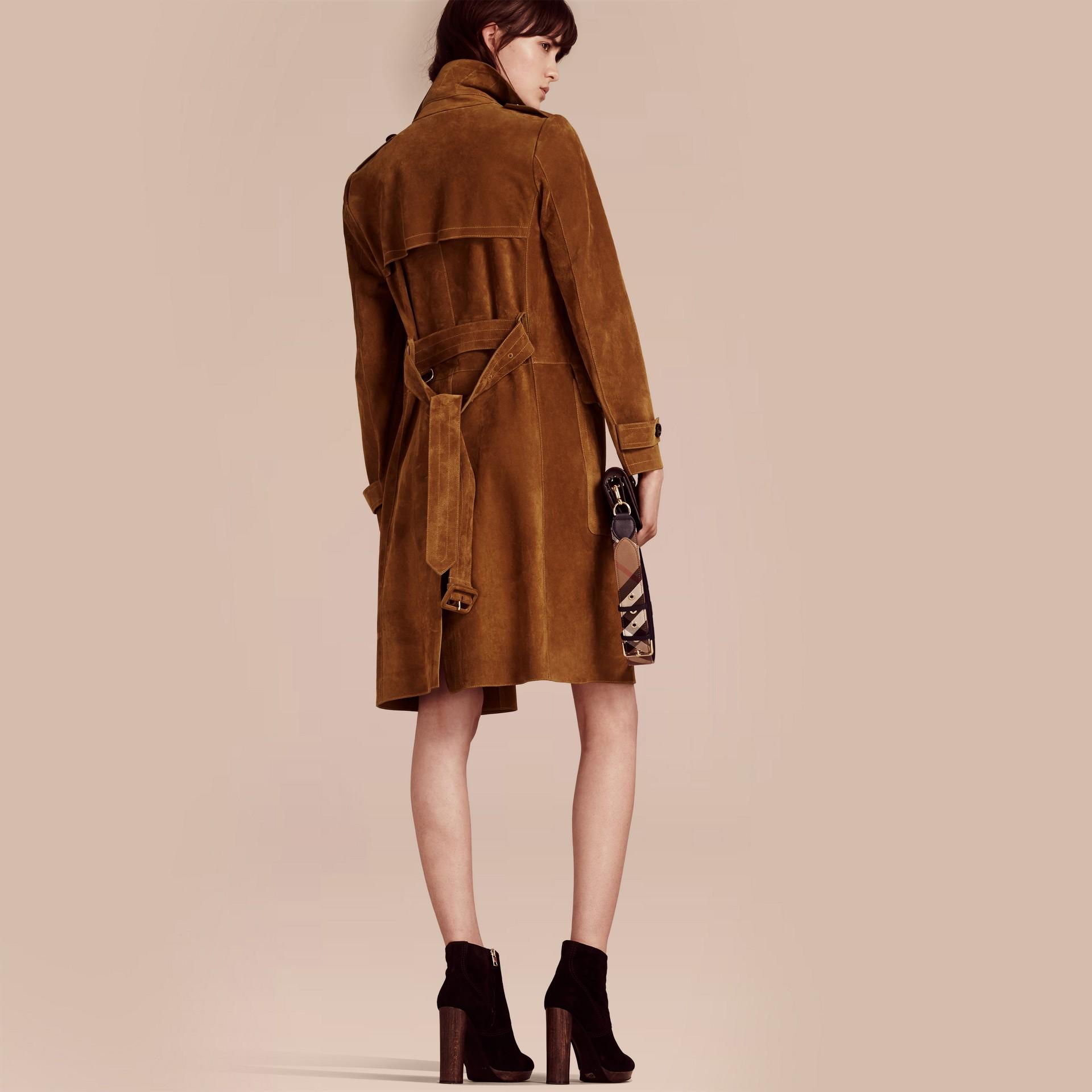 Cognac Manteau portefeuille en cuir velours - photo de la galerie 3