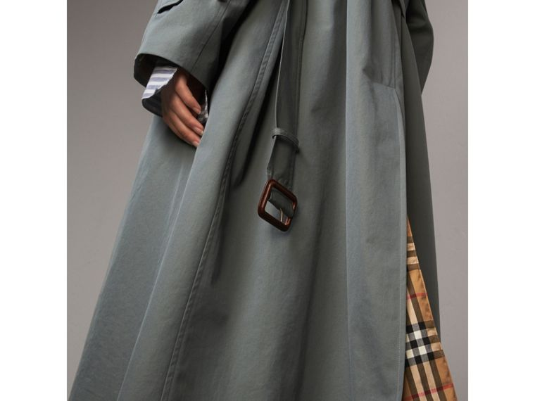The Brighton – Extra-long Car Coat in Dusty Blue - Women | Burberry Canada - cell image 4