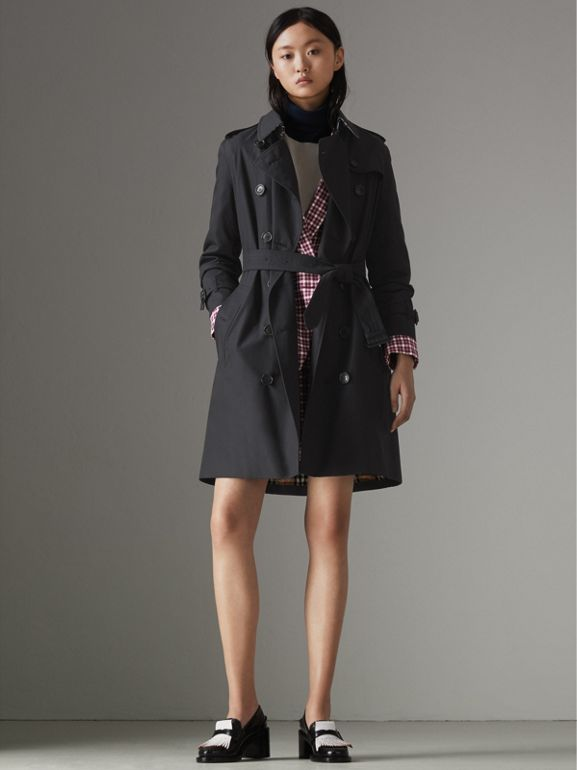 The Kensington Heritage Trench Coat in Midnight - Women   Burberry - cell image 1