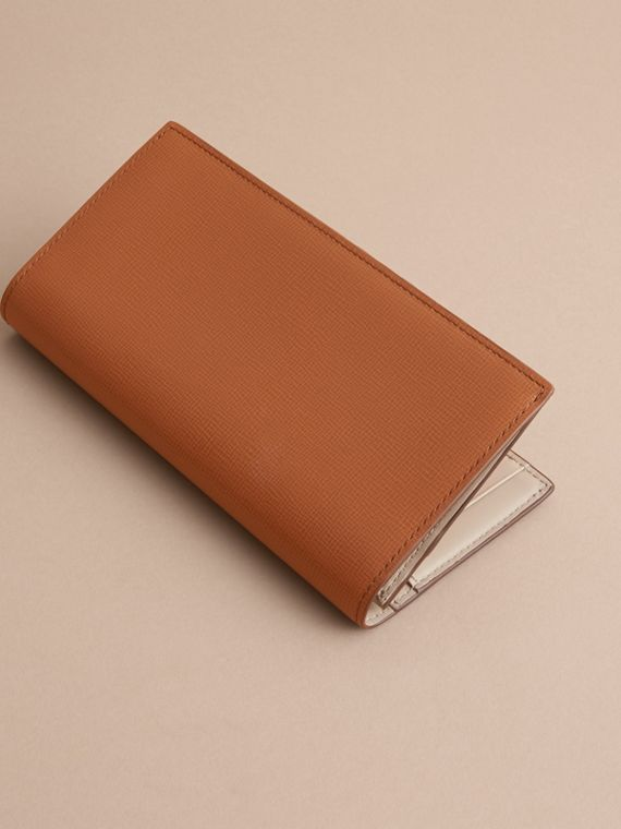 London Leather Continental Wallet in Tan | Burberry Australia - cell image 3