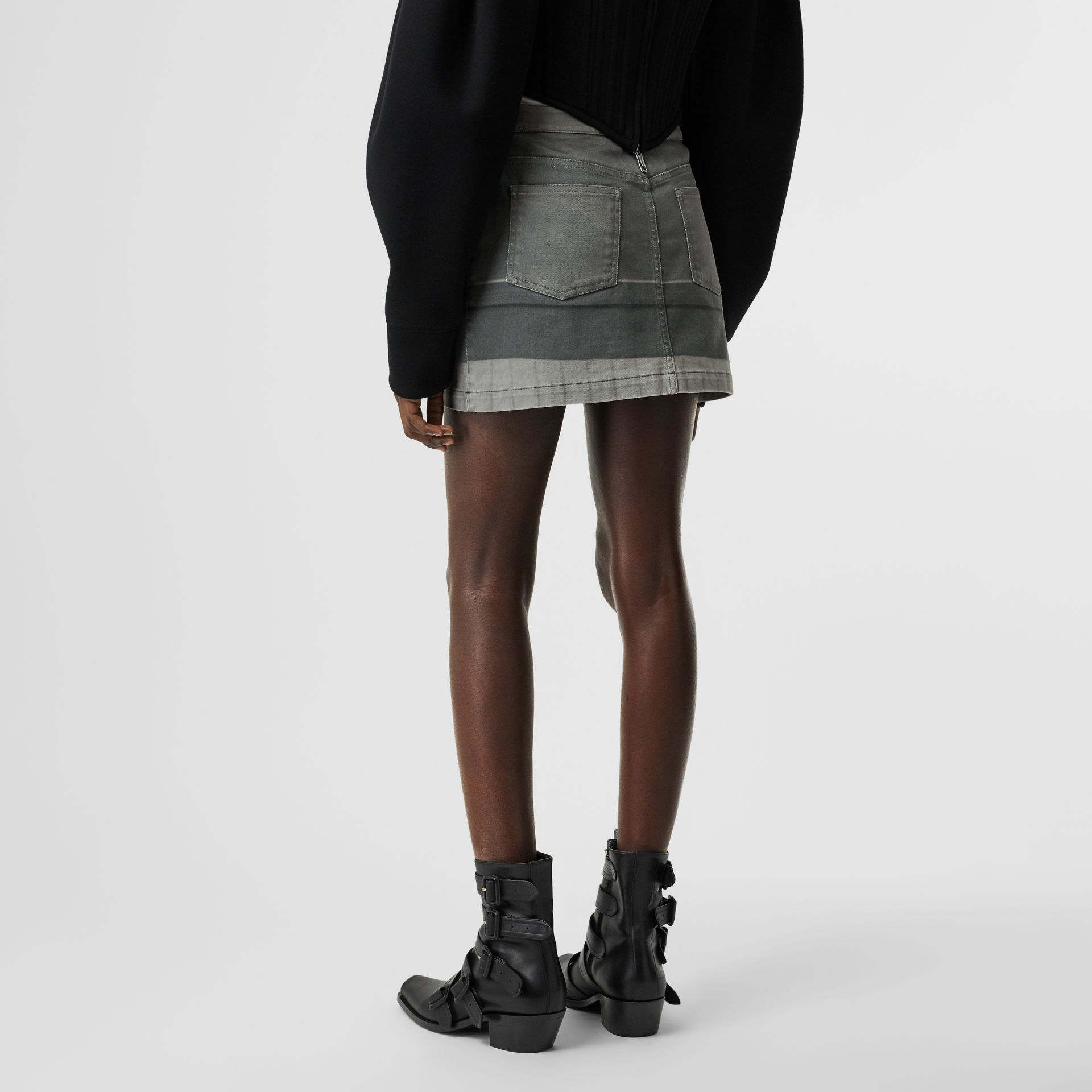 Victorian Portrait Print Stretch Denim Mini Skirt in Grey - Women | Burberry Singapore - gallery image 2