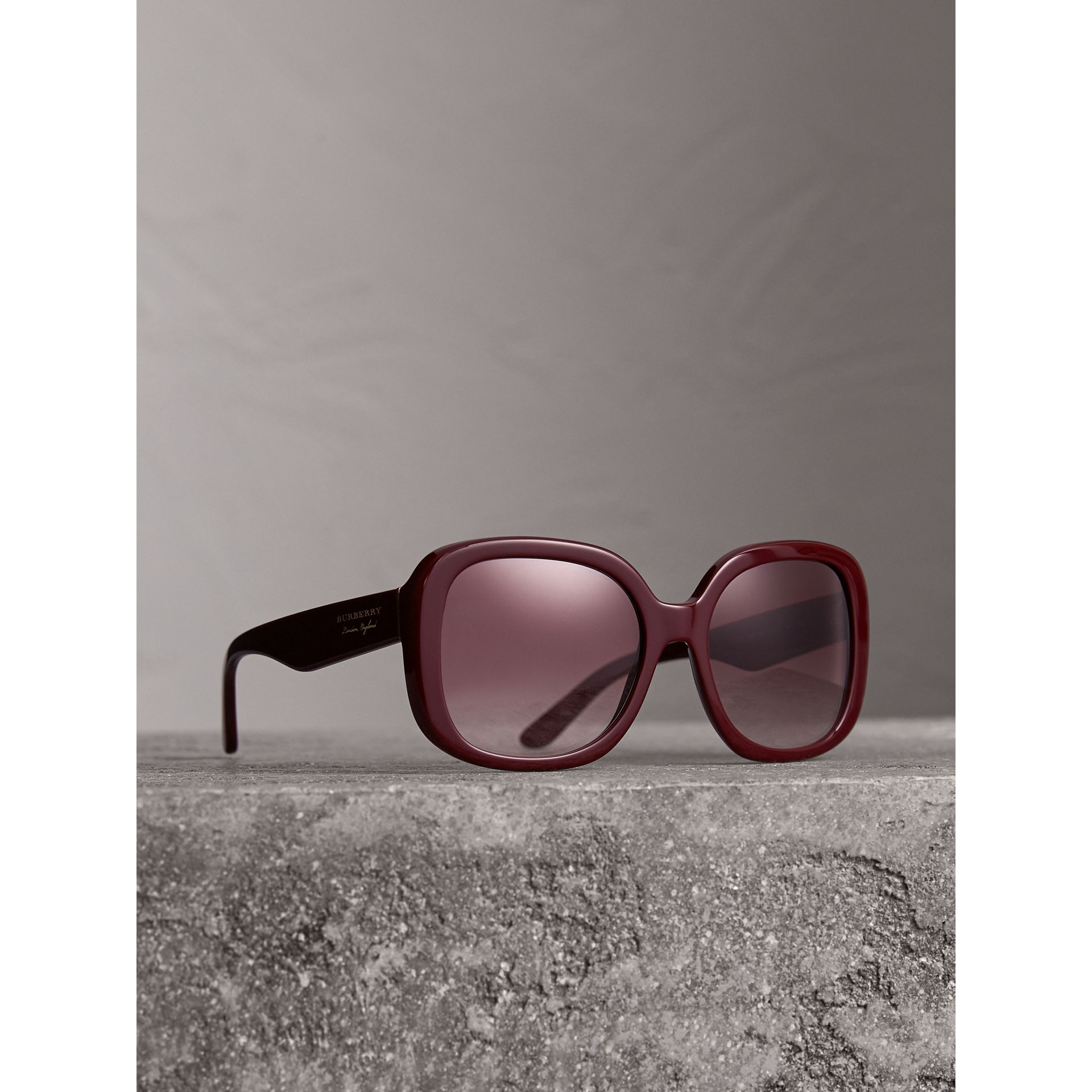Square Frame Sunglasses in Burgundy - Women | Burberry United States - gallery image 1