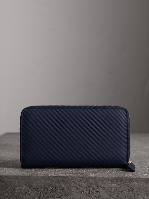 Trench Leather Ziparound Wallet in Ink Blue - Men | Burberry United Kingdom - cell image 2
