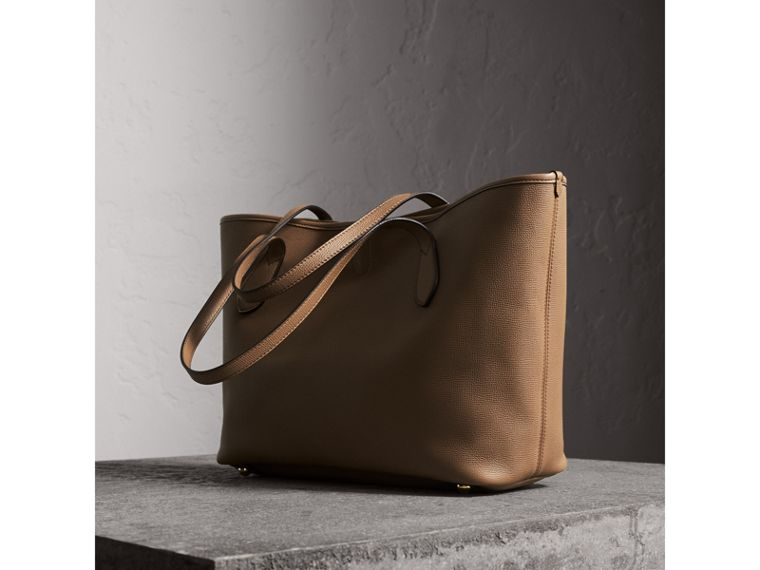 Medium Grainy Leather Tote Bag in Dark Sand - Women | Burberry Australia - cell image 4