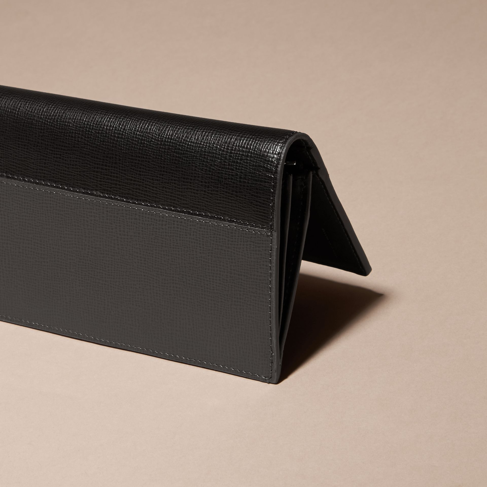 Charcoal/black Colour Block London Leather Continental Wallet Charcoal/black - gallery image 4