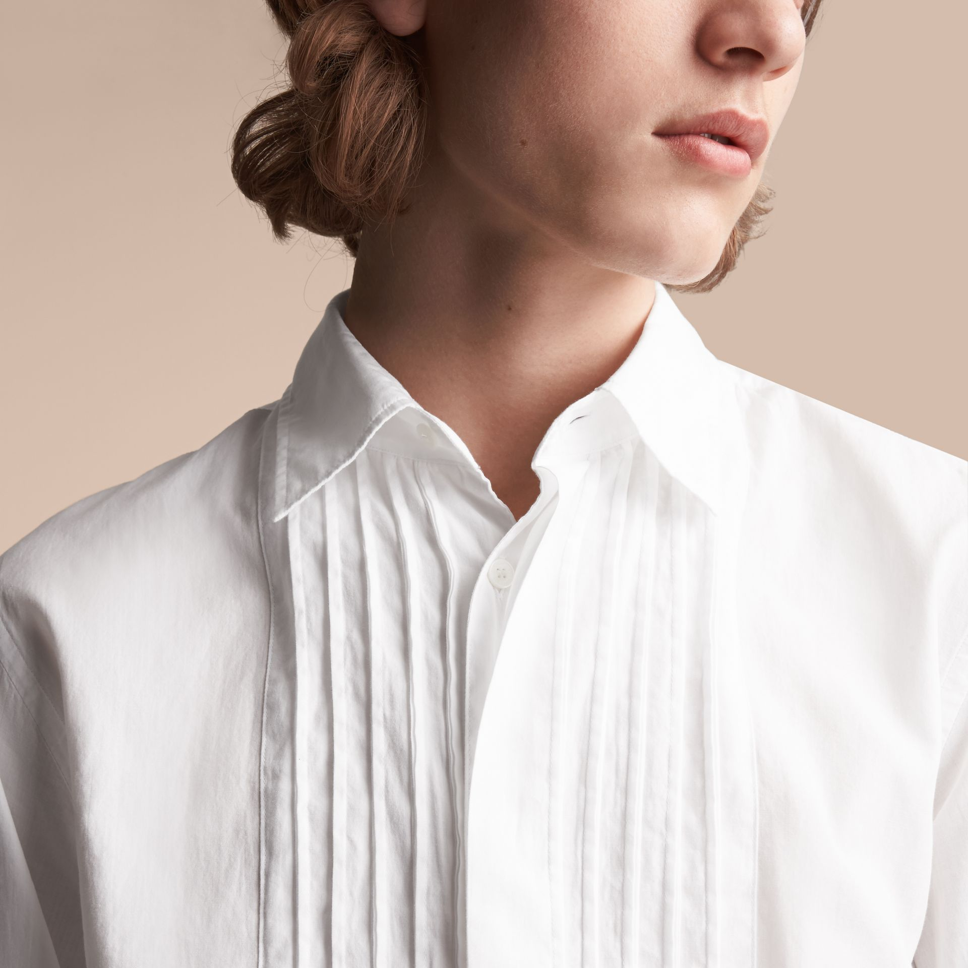 Unisex Double-cuff Pintuck Bib Cotton Shirt in White - Men | Burberry - gallery image 5