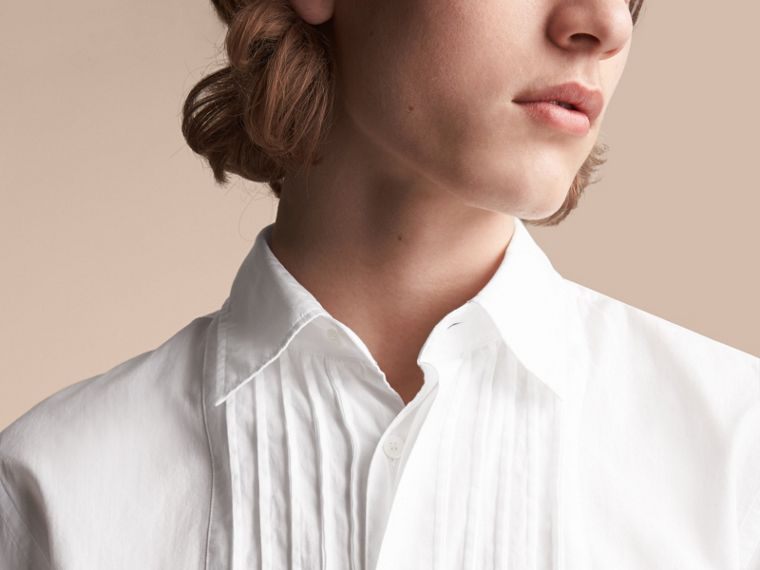 Unisex Double-cuff Pintuck Bib Cotton Shirt in White - Men | Burberry - cell image 4