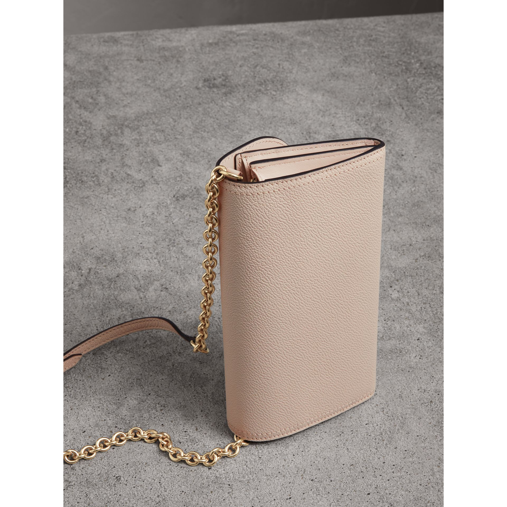 Leather Wallet with Chain in Limestone - Women | Burberry Singapore - gallery image 4