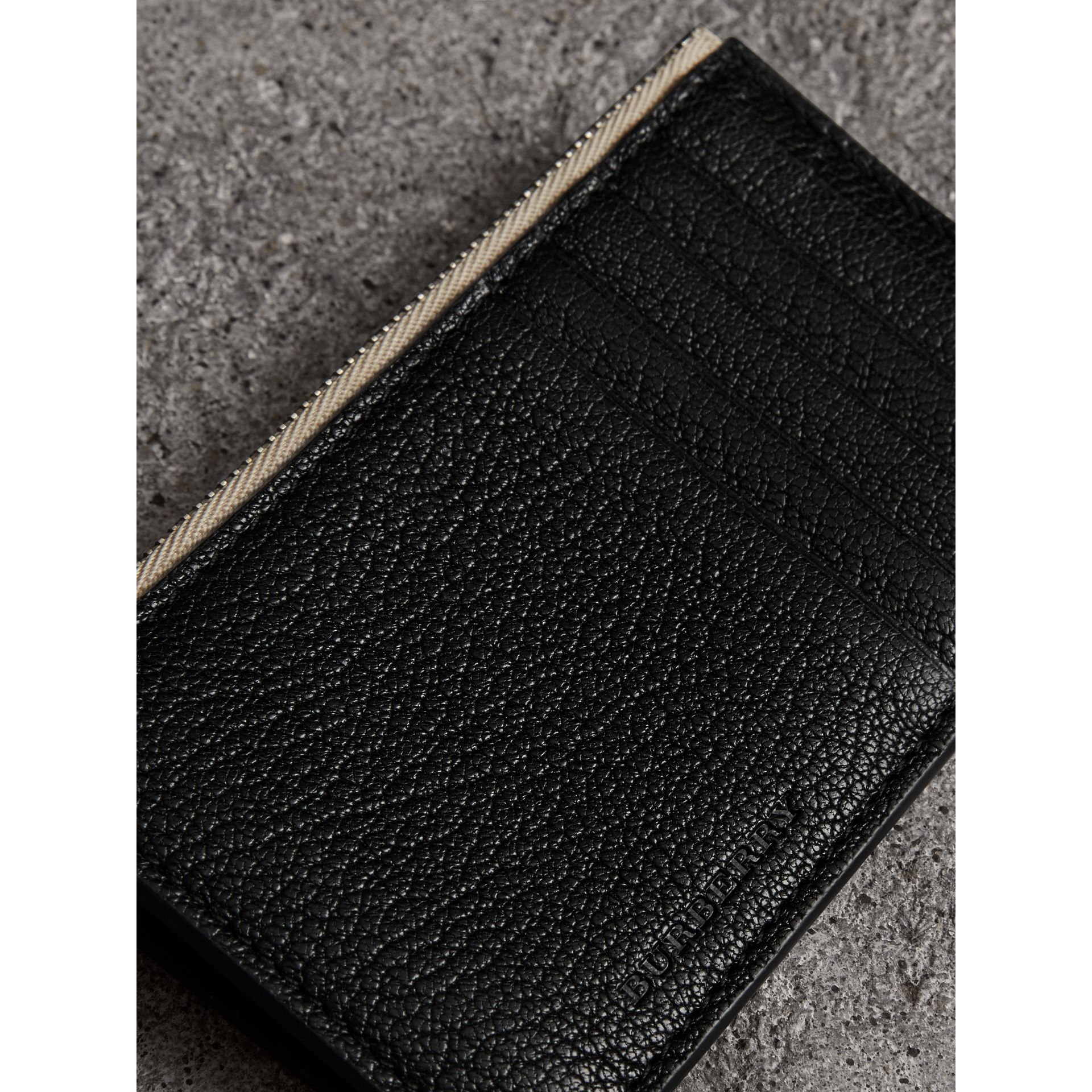 Two-tone Leather Zip Card Case in Black | Burberry - gallery image 1