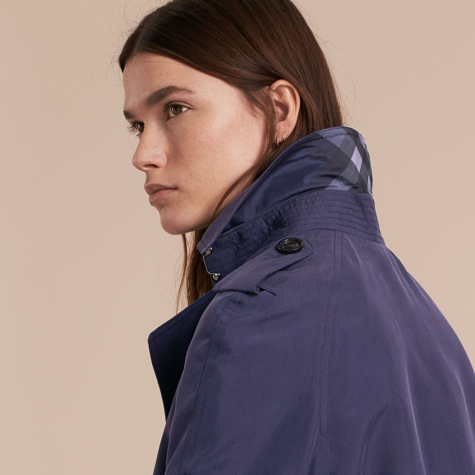 Oversize Silk Trench Coat with Puff Sleeves in Navy - Women | Burberry United Kingdom - gallery image 4