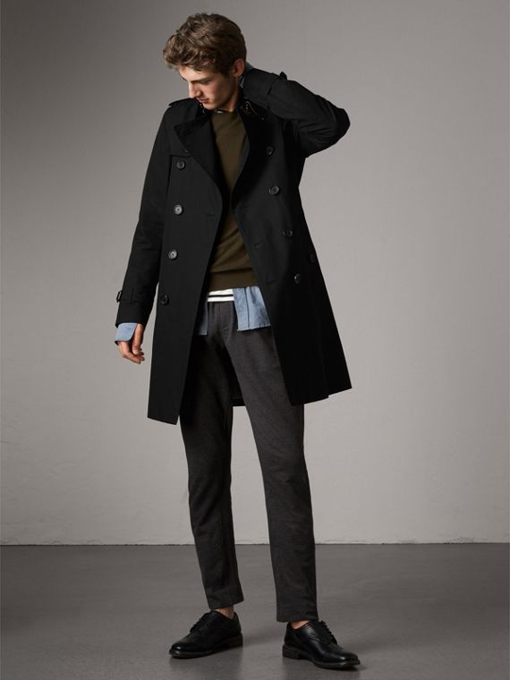 The Kensington – Long Heritage Trench Coat in Black