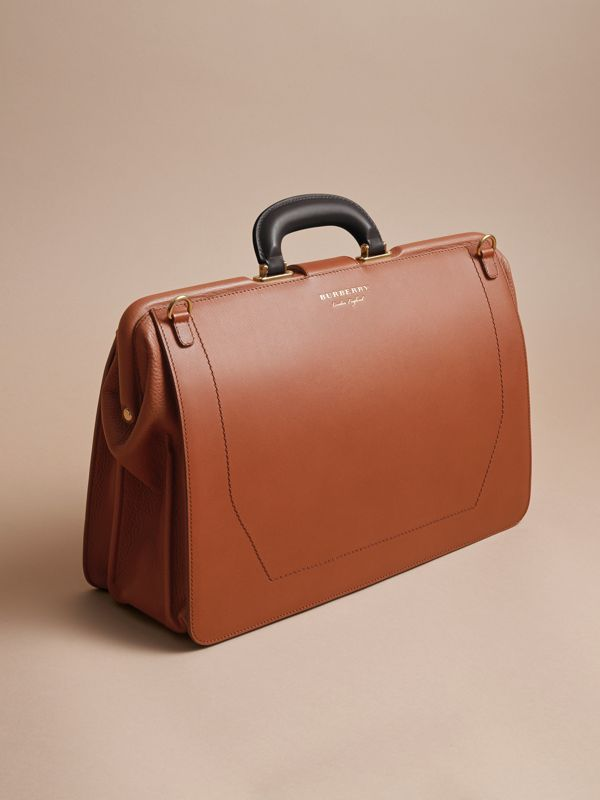 The DK88 Doctor's Bag in Tan - Men | Burberry United Kingdom - cell image 3