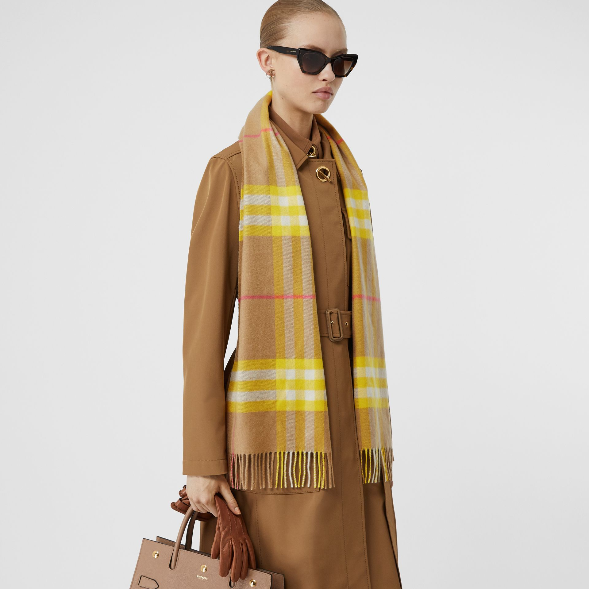 The Classic Check Cashmere Scarf in Archive Beige/yellow | Burberry Canada - gallery image 2