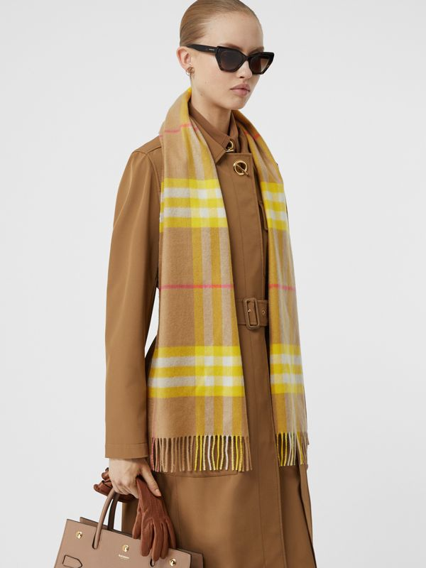 The Classic Check Cashmere Scarf in Archive Beige/yellow | Burberry Australia - cell image 2