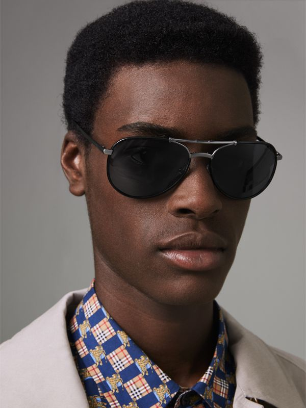 Folding Pilot Sunglasses in Black - Men | Burberry United Kingdom - cell image 2