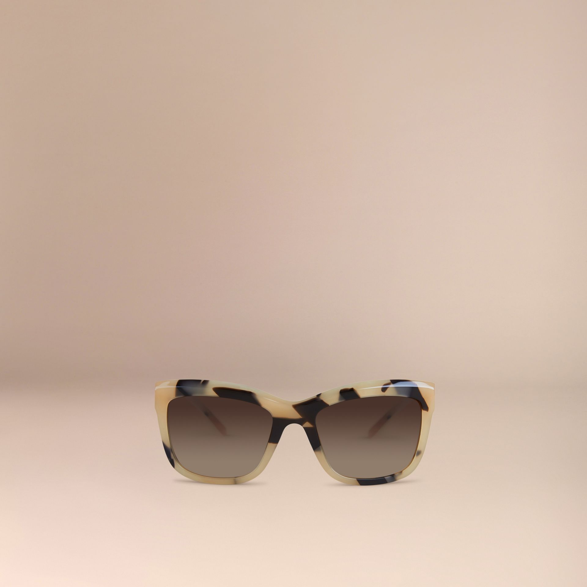 Corne demi-teinte Lunettes de soleil à monture carrée – Collection Dentelle de gabardine Corne Demi-teinte - photo de la galerie 3