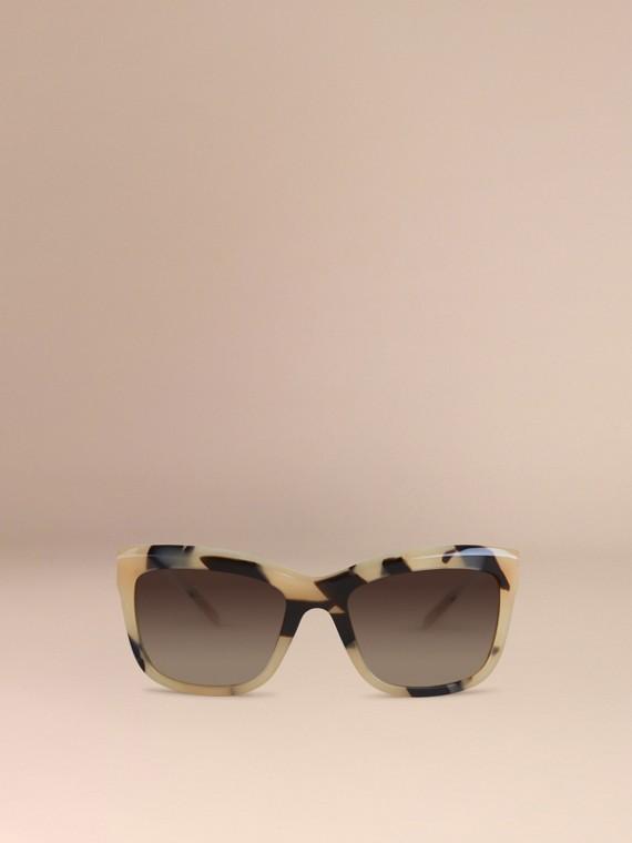 Corne demi-teinte Lunettes de soleil à monture carrée – Collection Dentelle de gabardine Corne Demi-teinte - cell image 2
