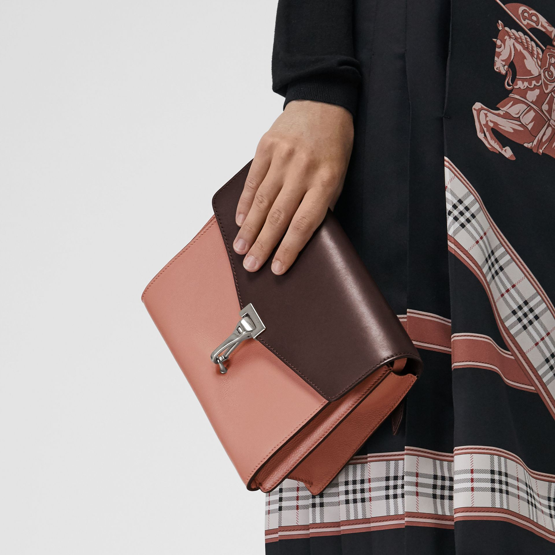 Two-tone Leather Crossbody Bag in Dusty Rose/deep Claret - Women | Burberry United Kingdom - gallery image 2