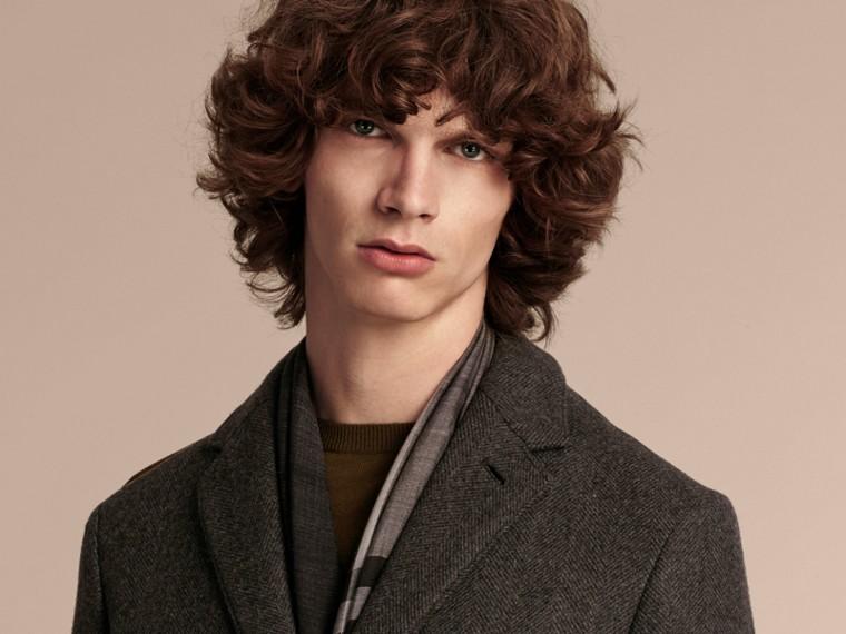 Camaïeu anthracite Manteau ajusté à boutonnage simple en laine mélangée - cell image 4