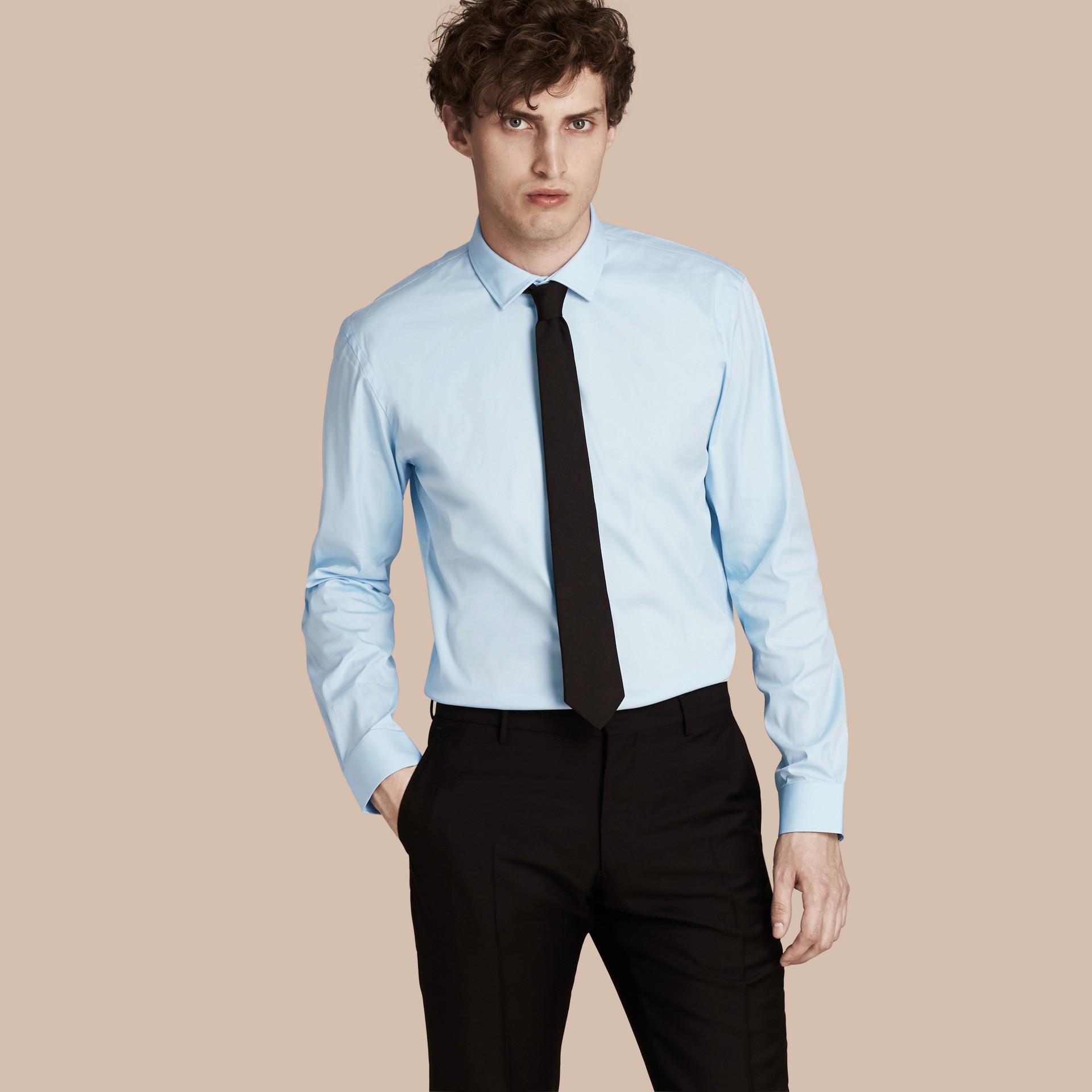 Bleu dragée Chemise moderne en coton extensible Bleu Dragée - photo de la galerie 1