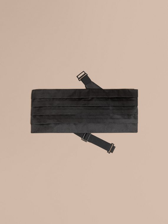 Pleated Silk Cummerbund in Black