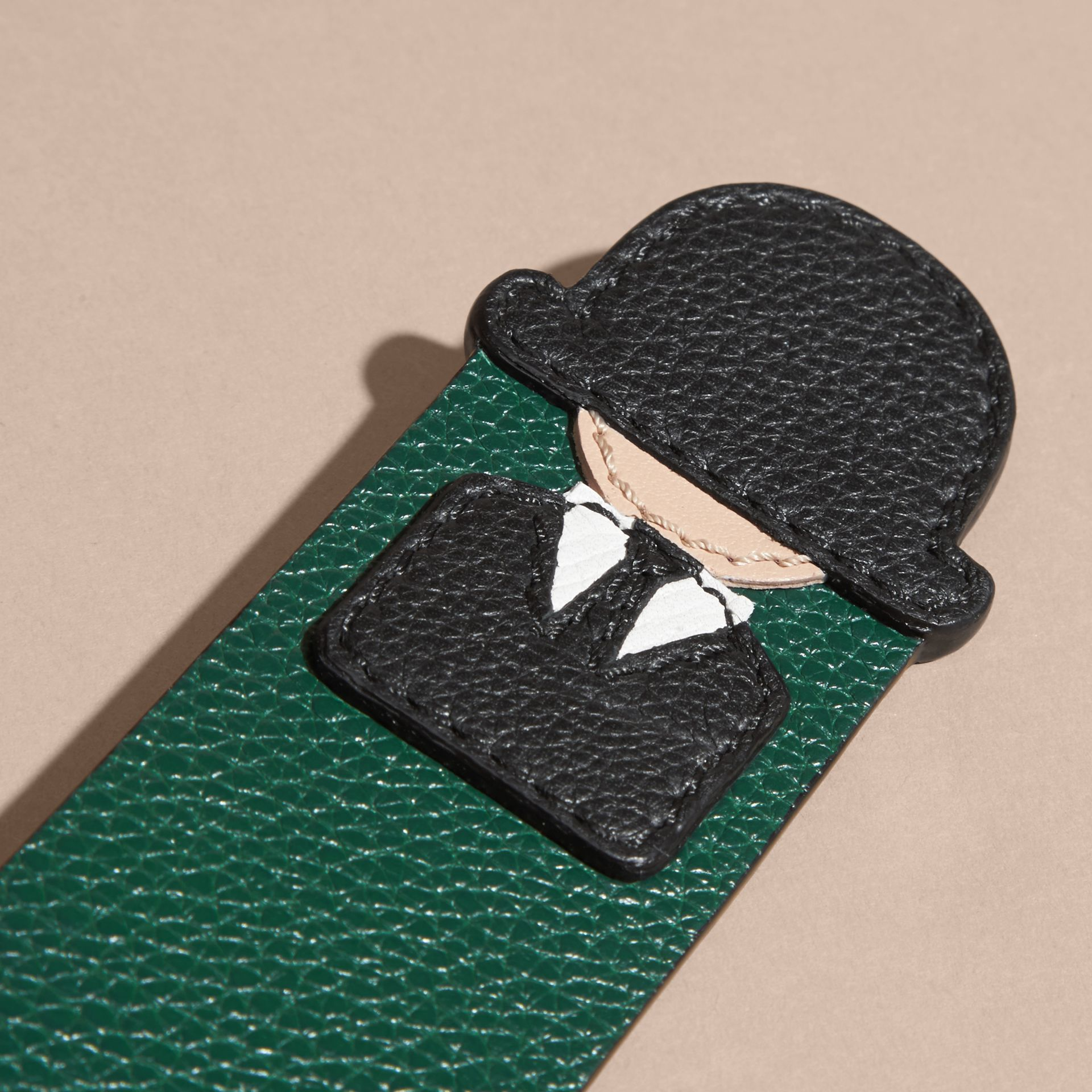 The City Gent Grainy Leather Bookmark in Dark Forest Green | Burberry - gallery image 2