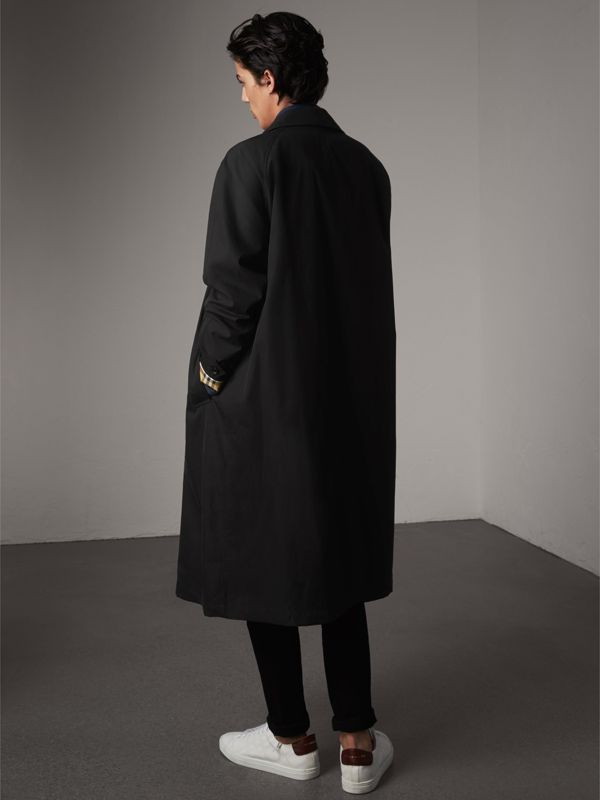 The Brighton Car Coat – Online Exclusive in Black - Men | Burberry United Kingdom - cell image 2