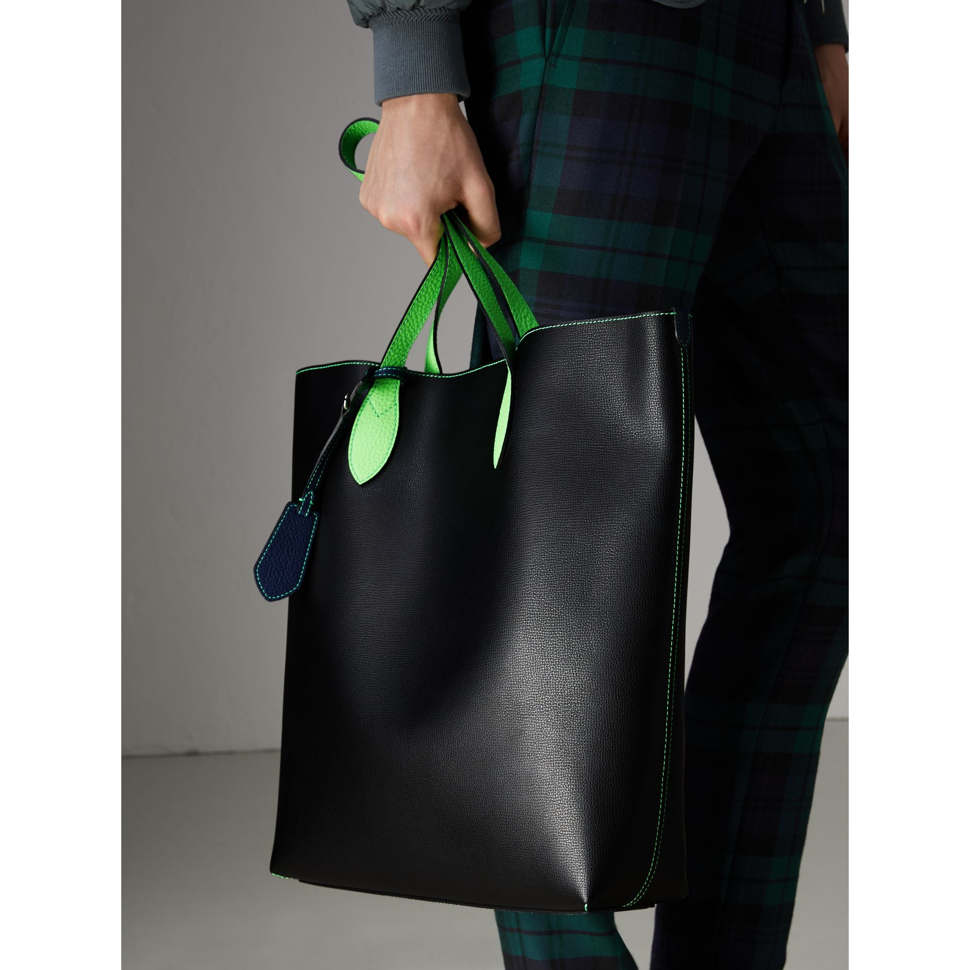 Medium Two-tone Coated Leather Tote in Black | Burberry Australia - gallery image 5