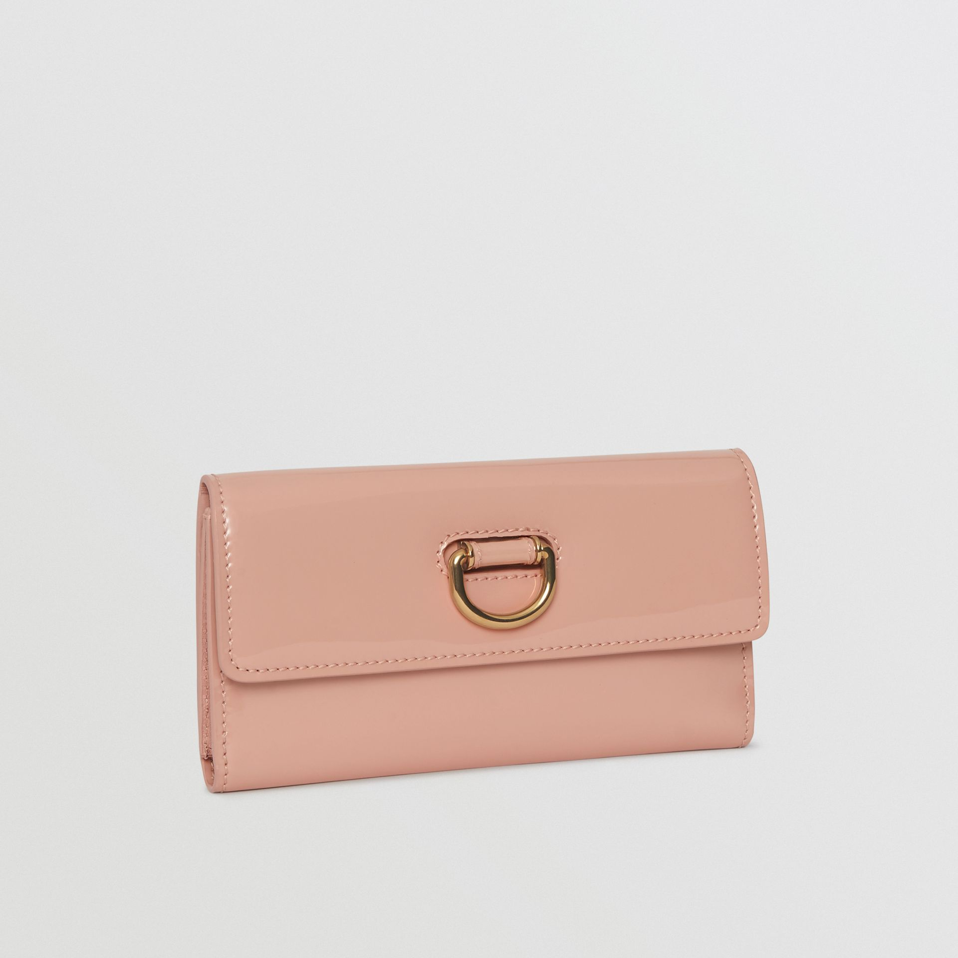 D-ring Patent Leather Continental Wallet in Pale Fawn Pink - Women | Burberry - gallery image 4