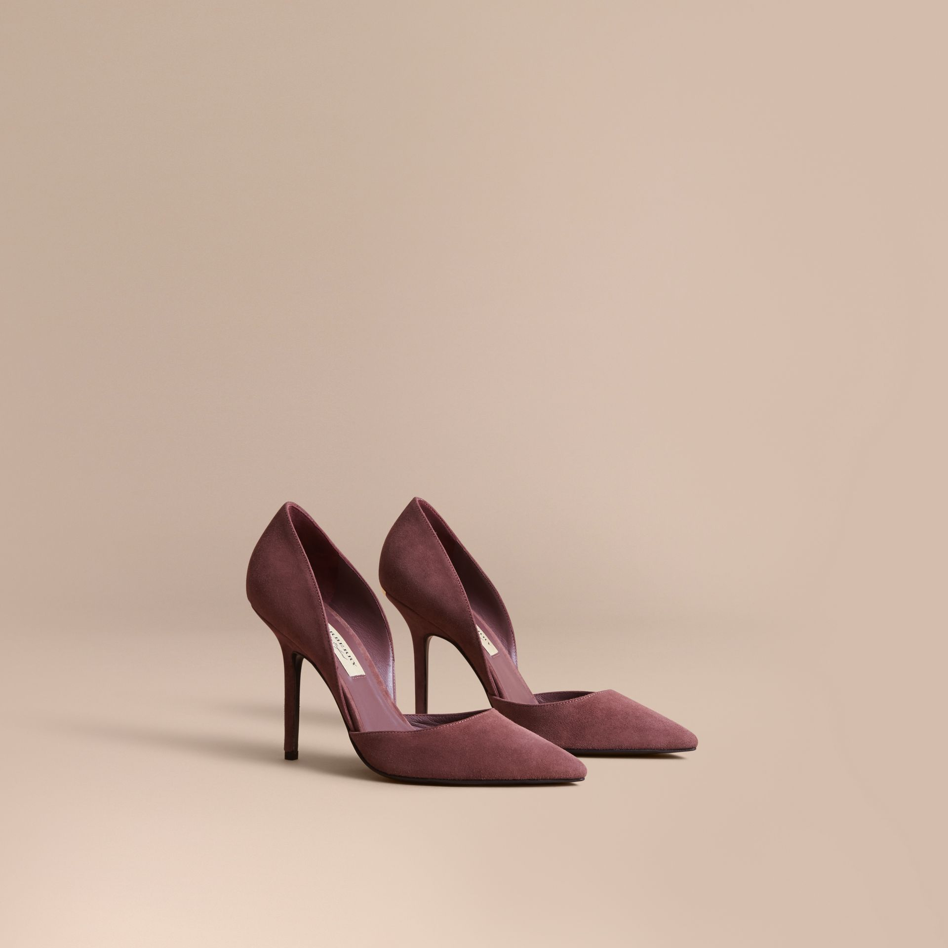 Escarpins d'Orsay à bout pointu en cuir velours (Rose Taupe) - Femme | Burberry - photo de la galerie 1