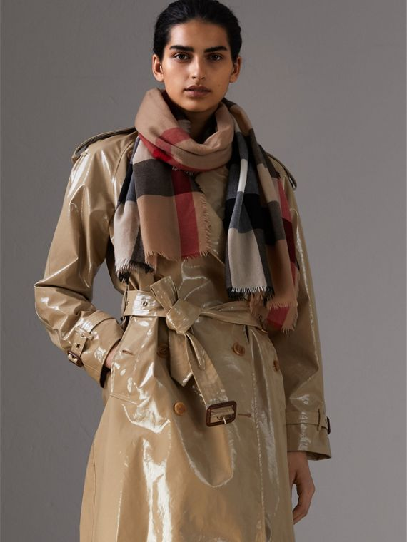 As echarpes leves de cashmere xadrez (Camel) | Burberry - cell image 2