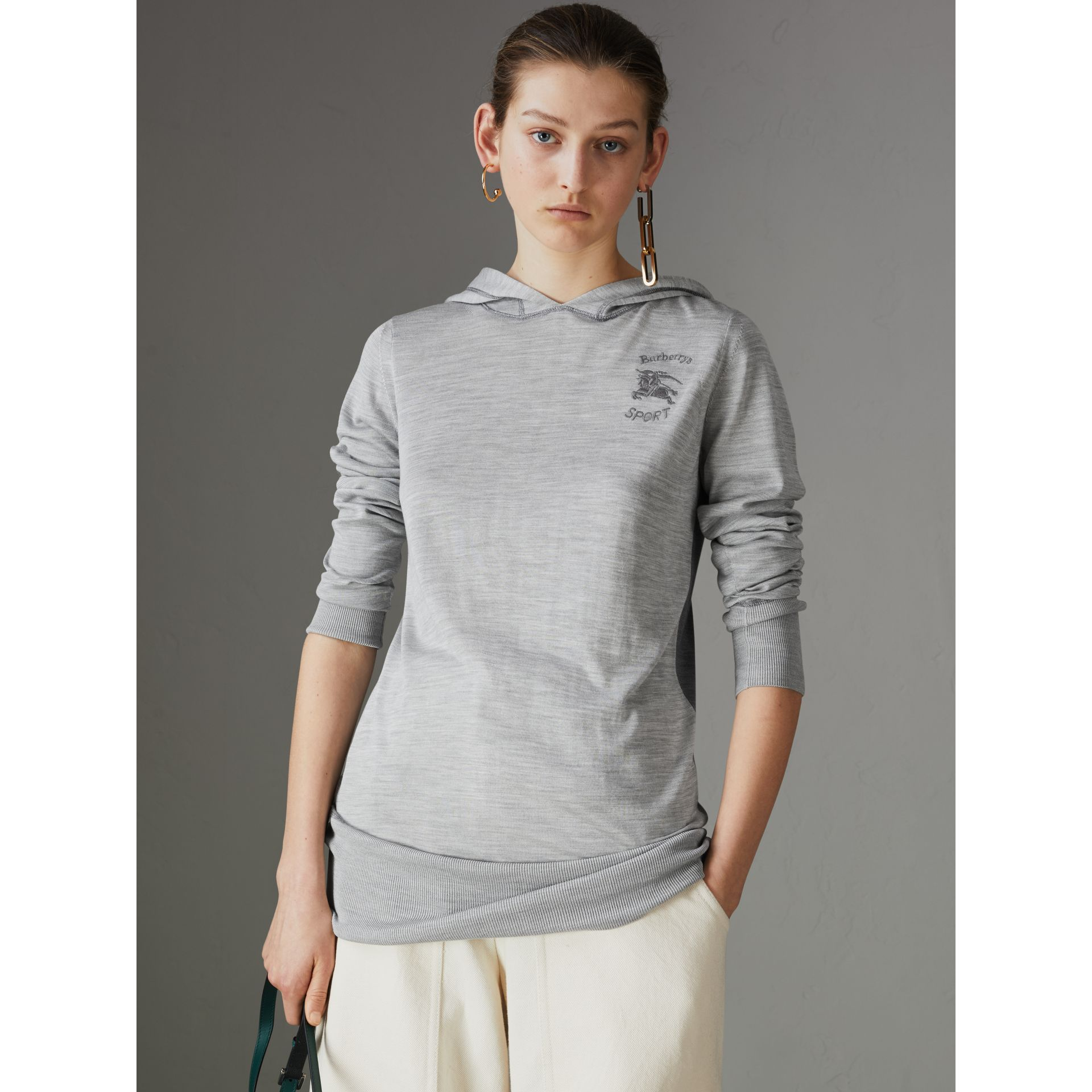 Sweat-shirt à capuche en soie et cachemire brodé (Anthracite) - Femme | Burberry - photo de la galerie 4