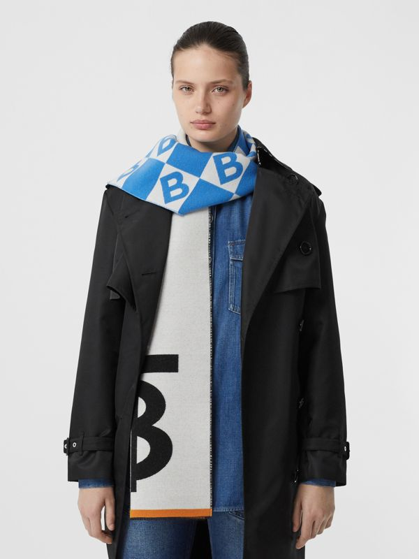 Contrast Logo Graphic Wool Silk Jacquard Scarf in Azure Blue | Burberry - cell image 2