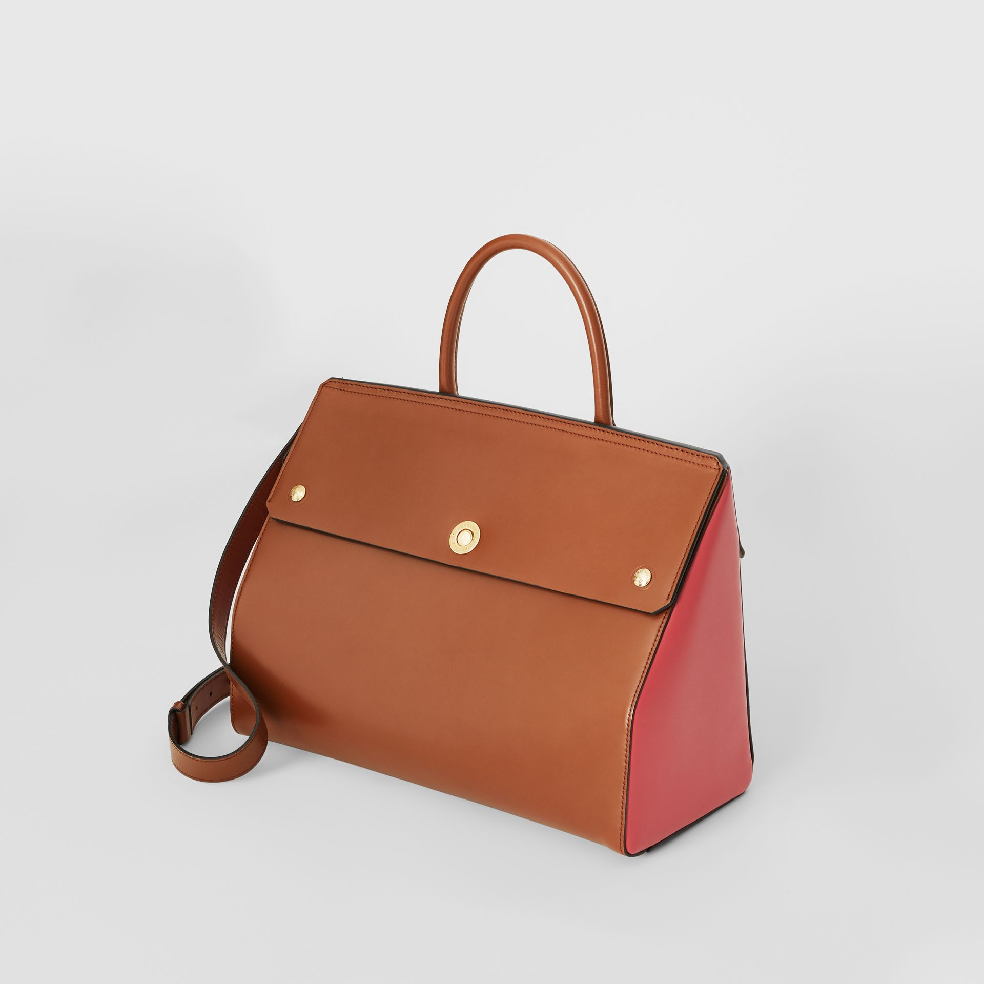 Medium Leather Elizabeth Bag in Malt Brown - Women | Burberry Australia - gallery image 2