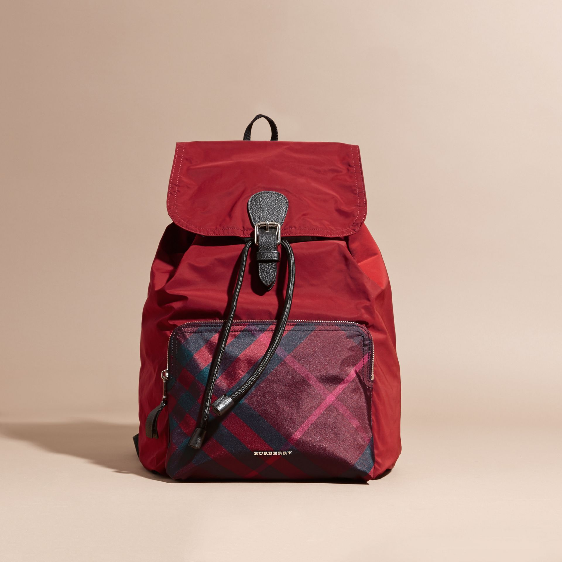 Check Detail Technical Packaway Rucksack Hawthorn Red - gallery image 8