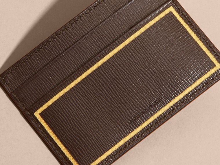 Border Detail London Leather Card Case in Peppercorn - cell image 1