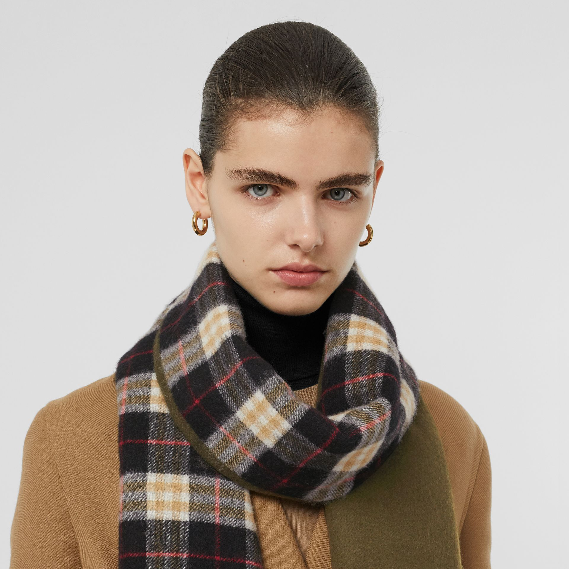 Colour Block Vintage Check Cashmere Scarf in Antique Green | Burberry Australia - gallery image 2