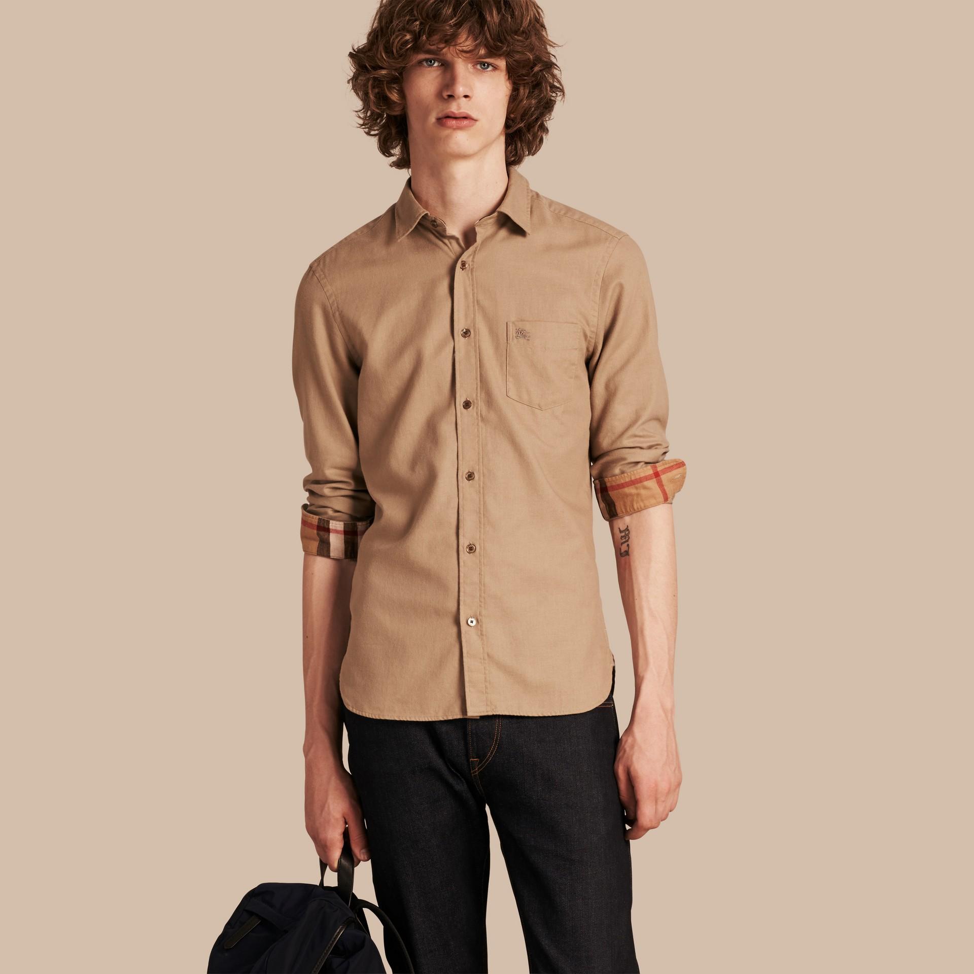 Miele scuro Camicia in flanella di cotone con dettagli tartan - immagine della galleria 1