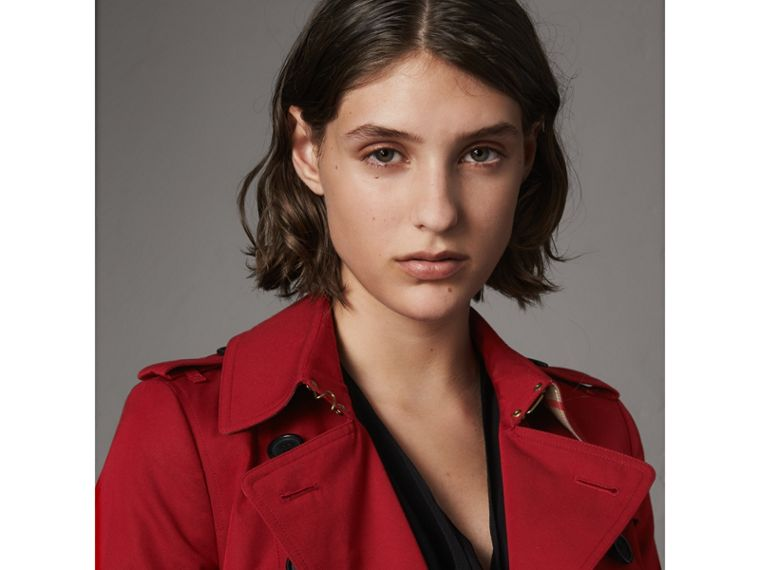The Chelsea – Extra-long Trench Coat in Parade Red - Women | Burberry Singapore - cell image 4