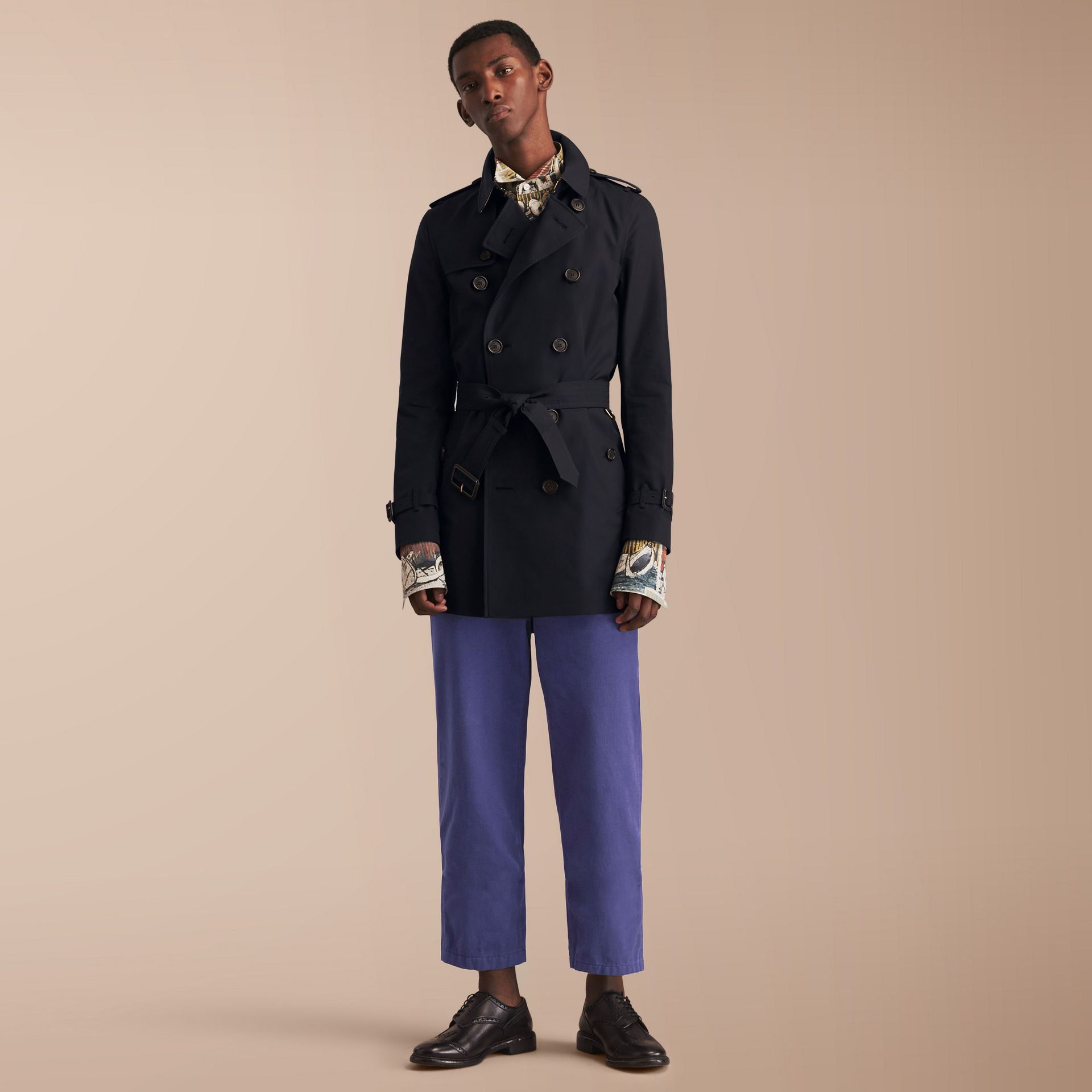The Sandringham – Mid-length Heritage Trench Coat in Navy - Men | Burberry - gallery image 7