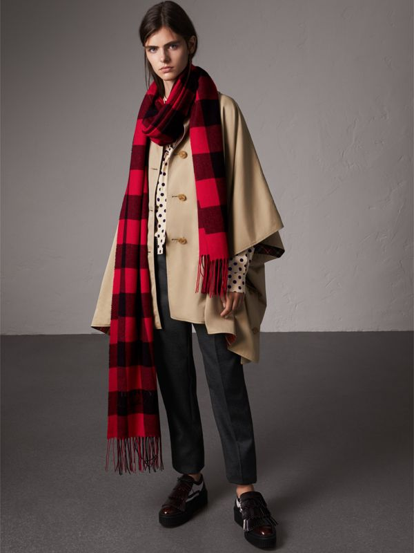 Oversized Gingham Cashmere Wool Scarf in Bright Red - Women | Burberry - cell image 2