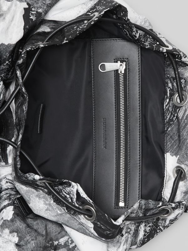 The Extra Large Rucksack in Dreamscape Print in Black/white - Men | Burberry United Kingdom - cell image 3