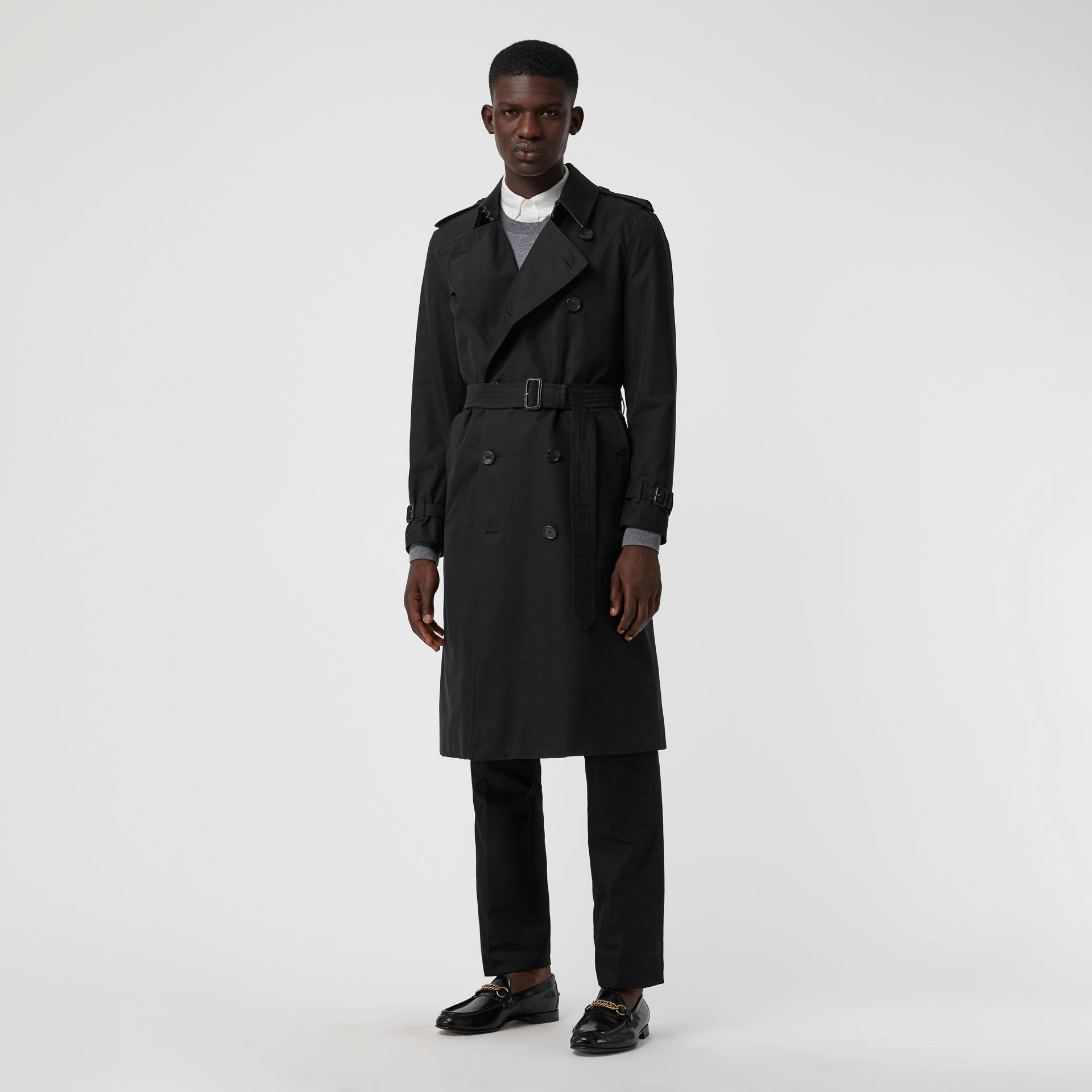 The Long Kensington Heritage Trench Coat in Black - Men | Burberry Singapore - gallery image 6