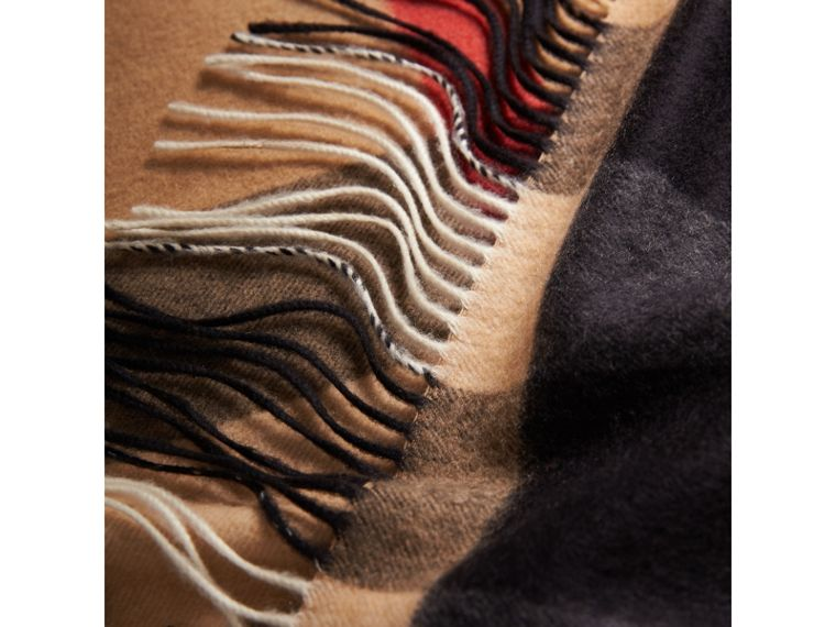 Oversize Check Cashmere Scarf in Camel | Burberry United Kingdom - cell image 1