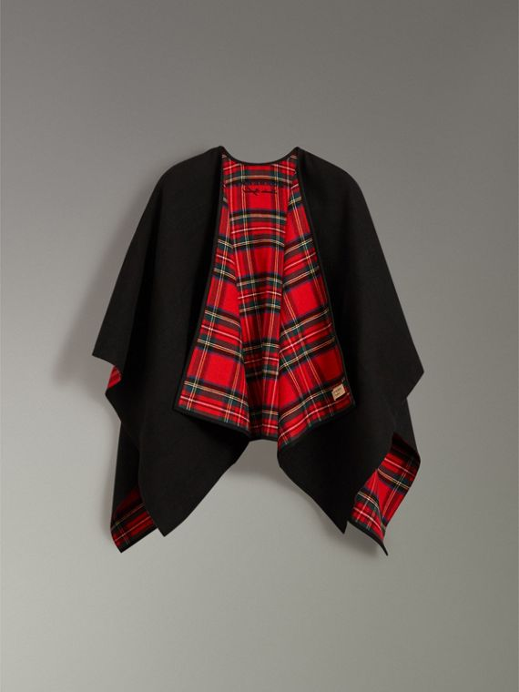 Reversible Cropped Tartan Wool Poncho in Black | Burberry - cell image 3