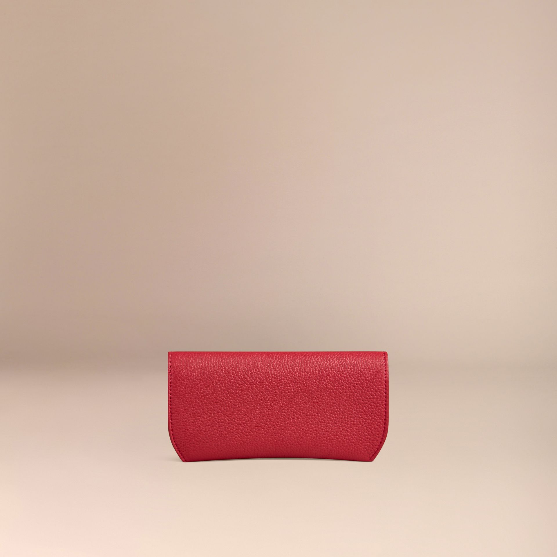 Parade red Grainy Leather Eyewear Case Parade Red - gallery image 3