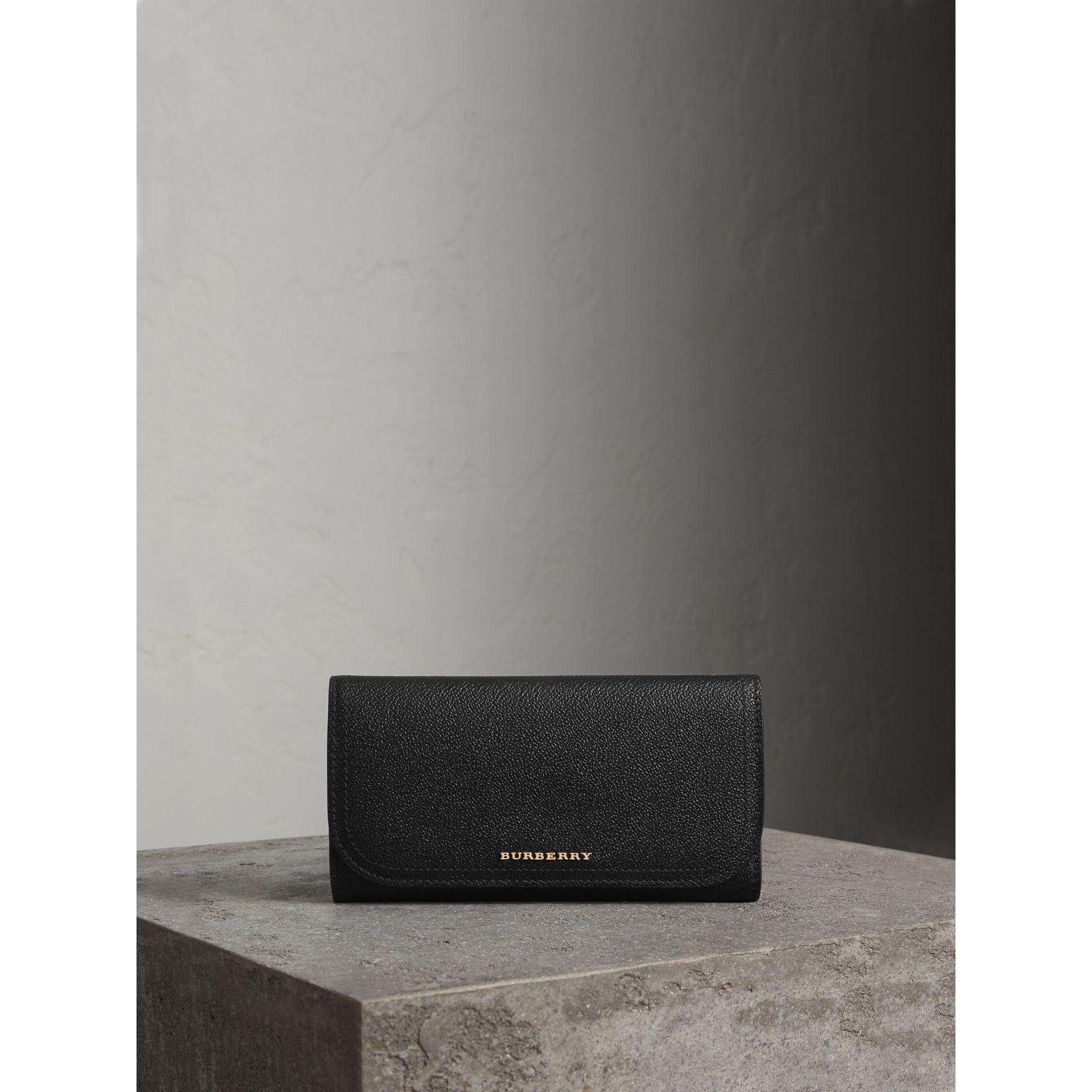 Leather Continental Wallet with Removable Coin Case in Black - Women | Burberry - gallery image 5
